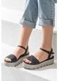 Elle Dolgu Topuklu Sandalet Siyah